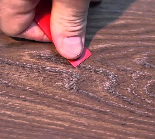 Чем убрать сколы на ламинате в домашних условиях 8