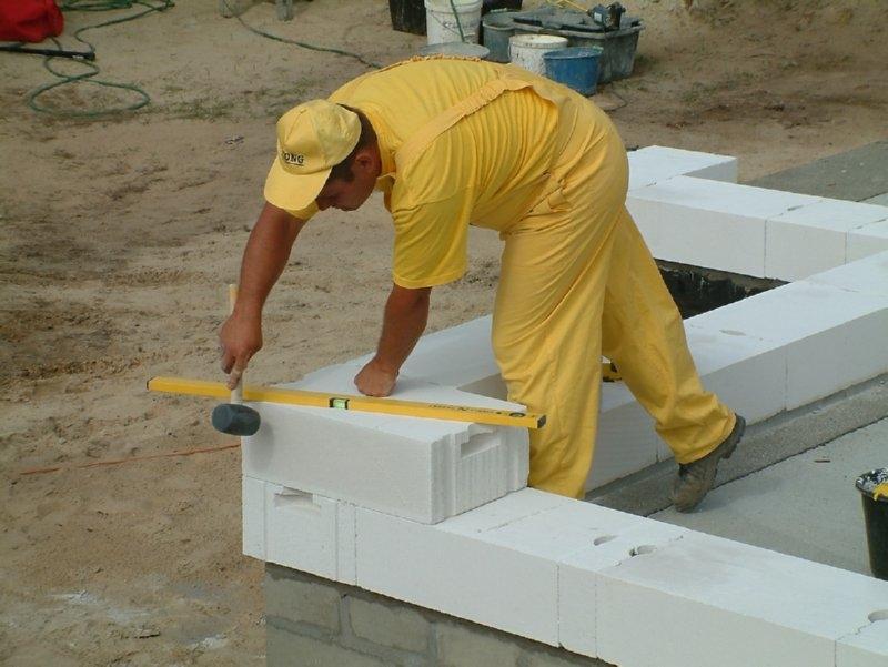 Монтаж газобетонных блоков своими руками