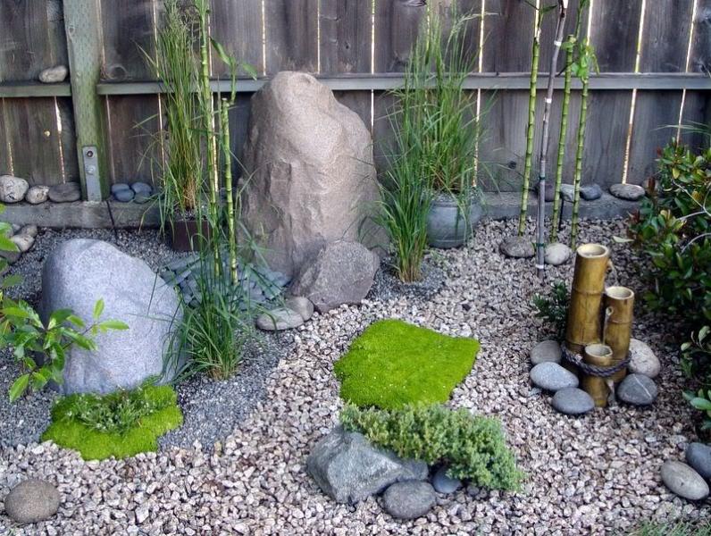 Булыжники для сада своими руками 5