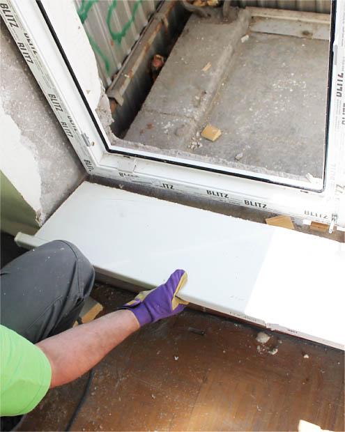 Устанавливаем пластиковую балконную дверь своими руками