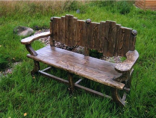 Скамейка для сада из дерева
