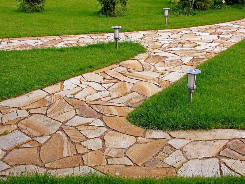 Садовая дорожка из природного камня своими руками