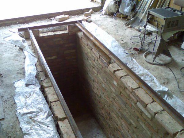 Как сделать смотровую яму в гараже 617
