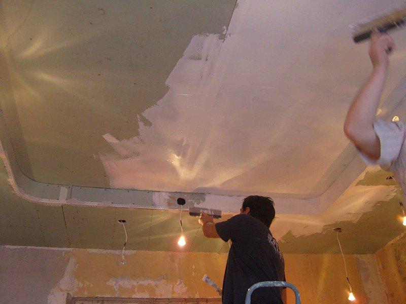 Ремонт потолка из гипсокартона своими руками фото