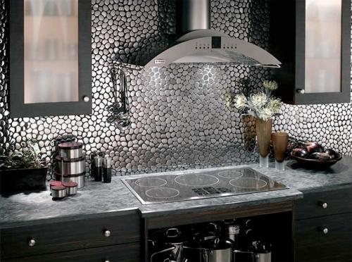 Фартук на кухню из мозаики натурального камня
