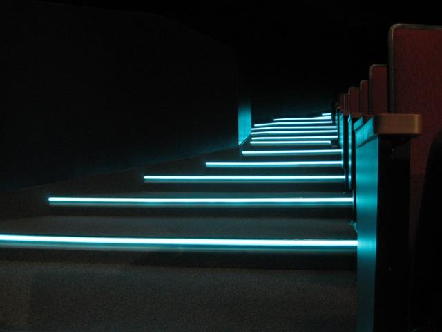 Светодиодная подсветка ступеней своими руками