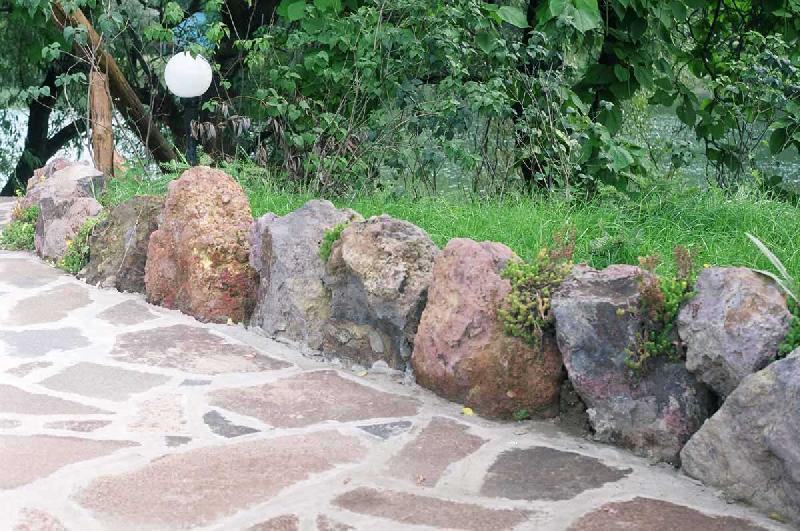Бордюры из природного камня своими руками