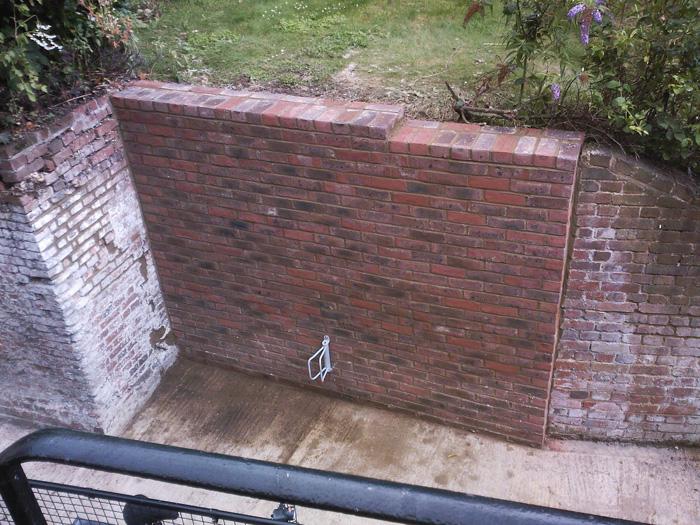 Подпорная стена высокая