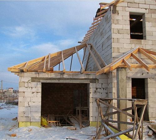 Как построить гараж с жилым 2 этажом