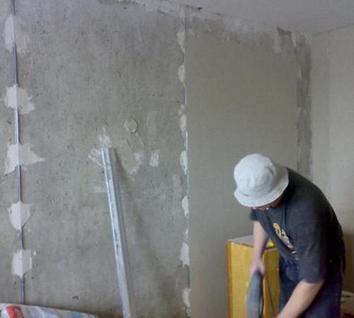 Маяки для штукатурки стен видео