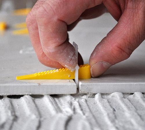 Клинья для укладки плитки