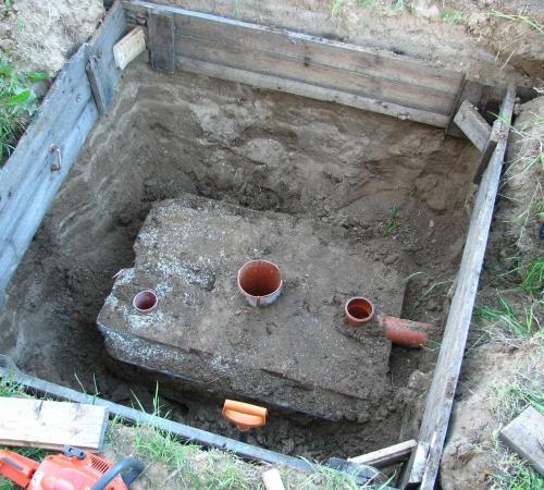 Как построить сливную яму в частном доме