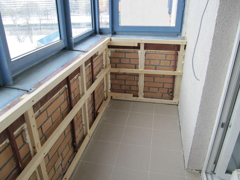 Обшиваем балкон своими руками