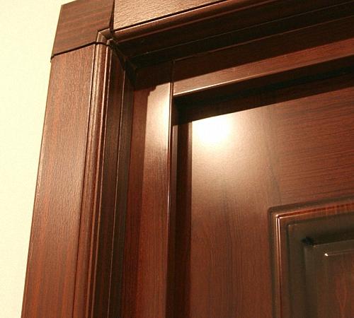 Сделать откосы входной двери своими руками