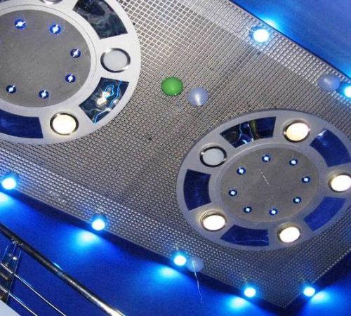 Технология монтажа потолка Грильято, Строительный портал