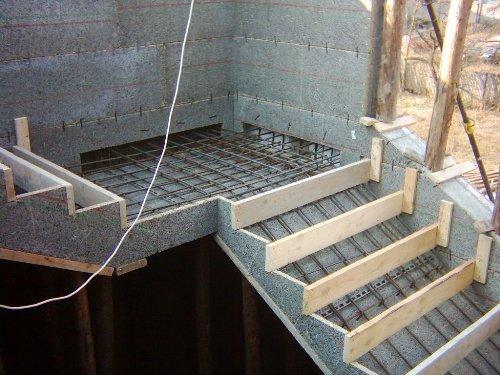 Бетонная лестница на второй этаж своими руками