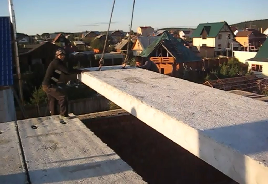 Установка плит перекрытия краном лотки жби краснодар