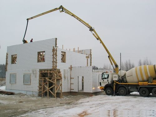 Технология заливки бетона в несъемную опалубку
