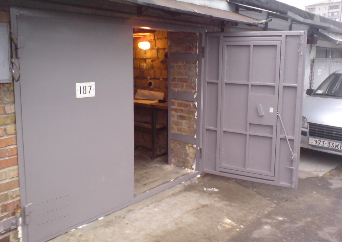 Подъемно секционные ворота для гаража своими руками