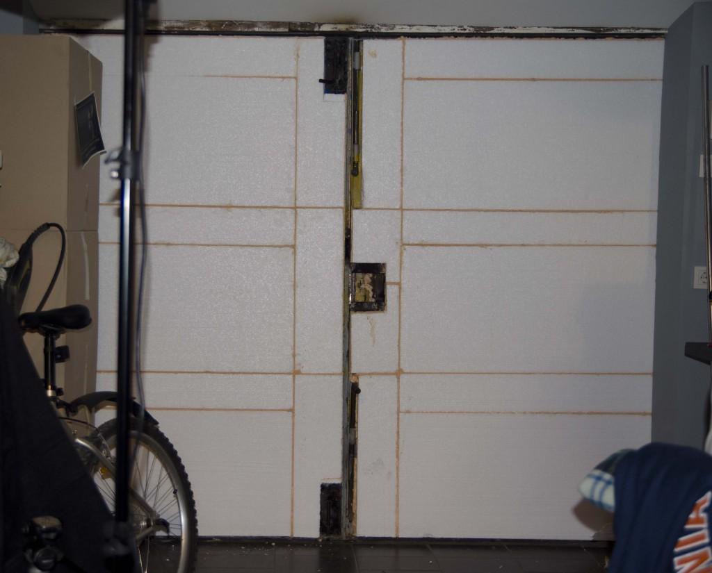 Запор на гаражные ворота своими руками фото фото 456