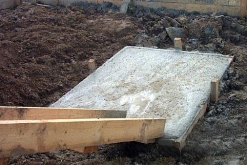 Фундамент под печь в бане - заливка бетона