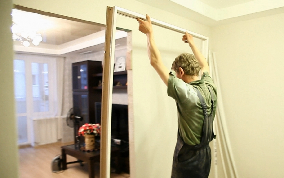 Установка двухстворчатой двери межкомнатной своими руками 813