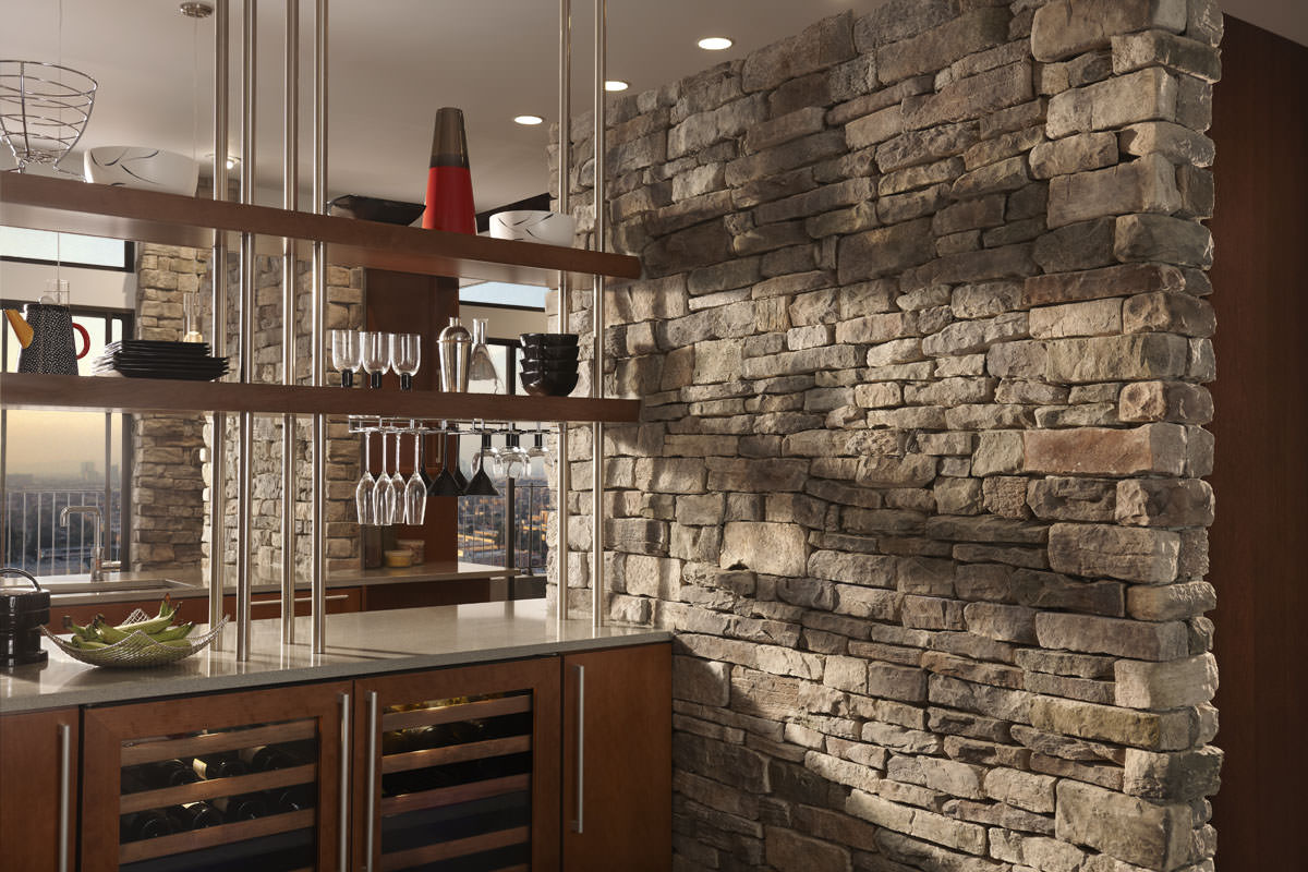 - Attractive home interior design using stone fireplace wall panels ...