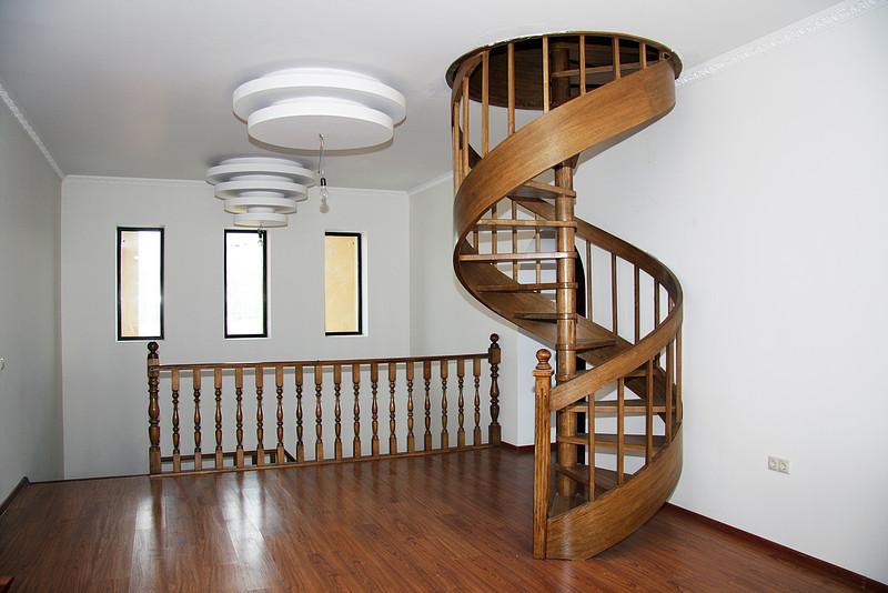 Как сделать красивую лестницу
