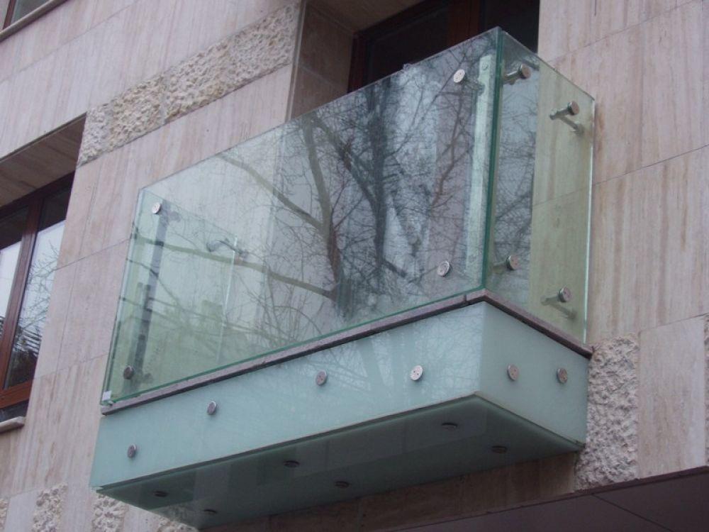 Ограждение балкона из стекла. - остекление лоджий - каталог .