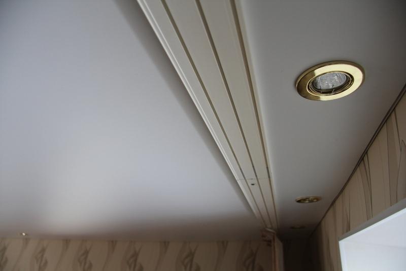 Шторы под натяжной потолок