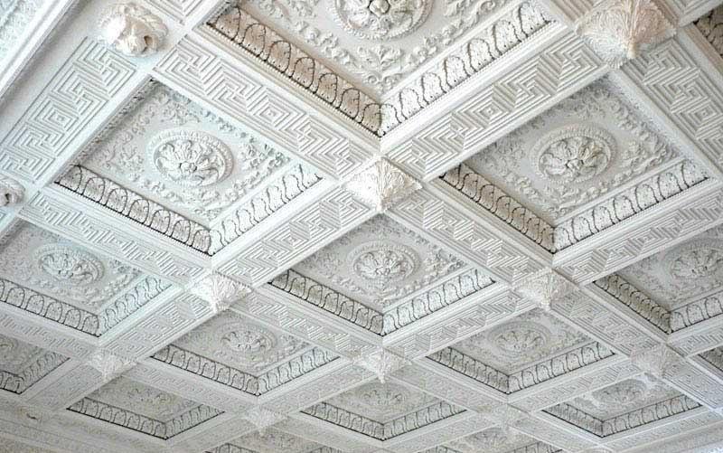 Кессоновые потолки