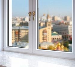 Почему окна домов днем кажутся темными
