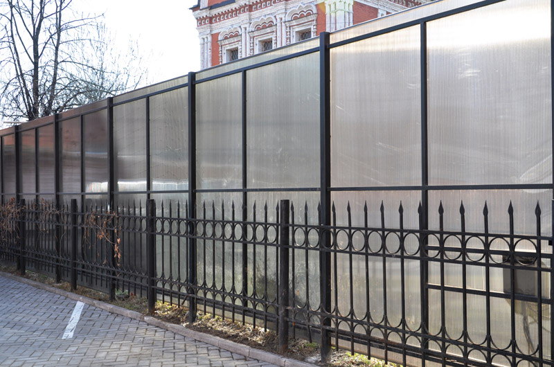Заборы из металла своими руками фото