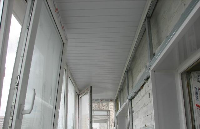 Монтаж потолка из пластиковой вагонки своими руками