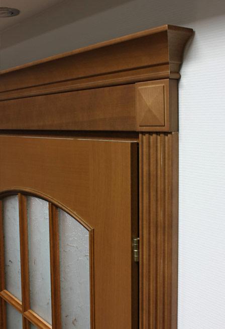 Как правильно установить наличники на дверь