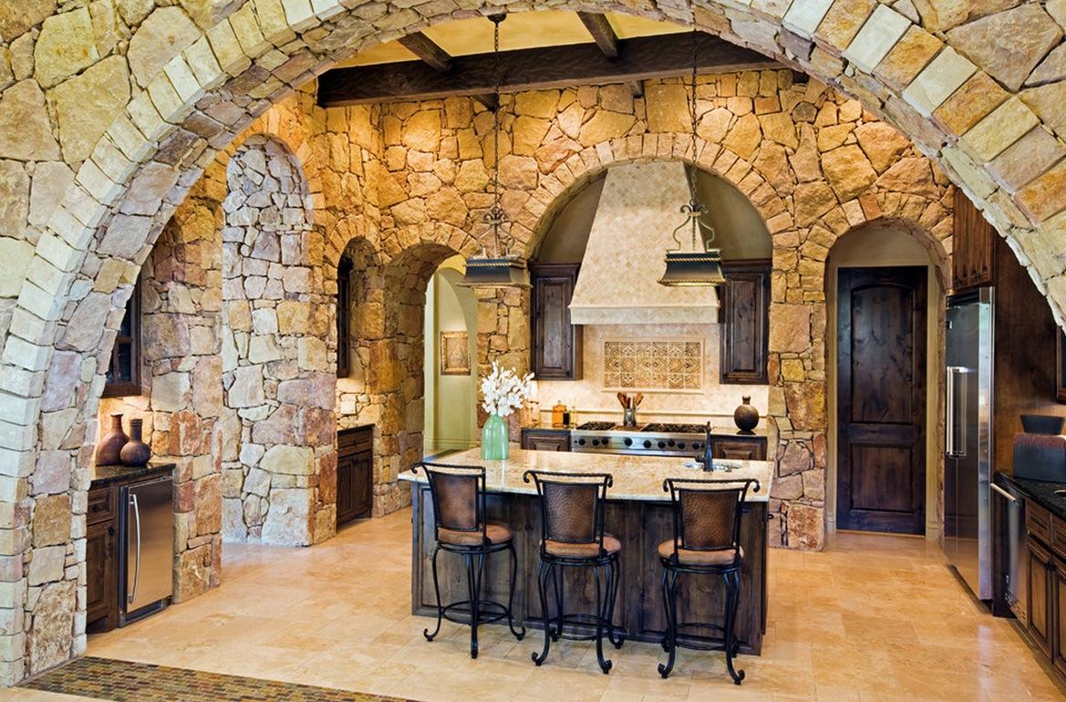 Отделка стен кухни декоративным камнем   ИнноваСтрой
