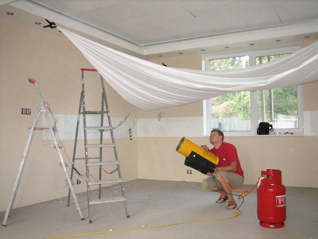 Как сделать натяжной потолки 35