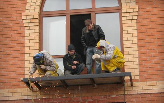 Ограждение балкона: фото, пошаговая инструкция строительный .