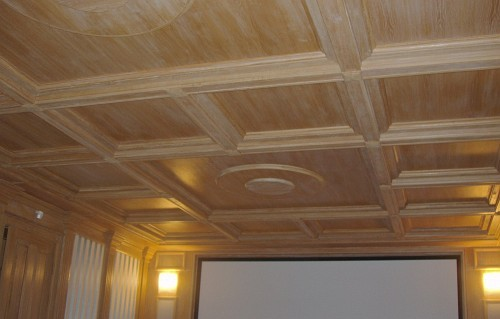 Деревянный потолок своими руками видео