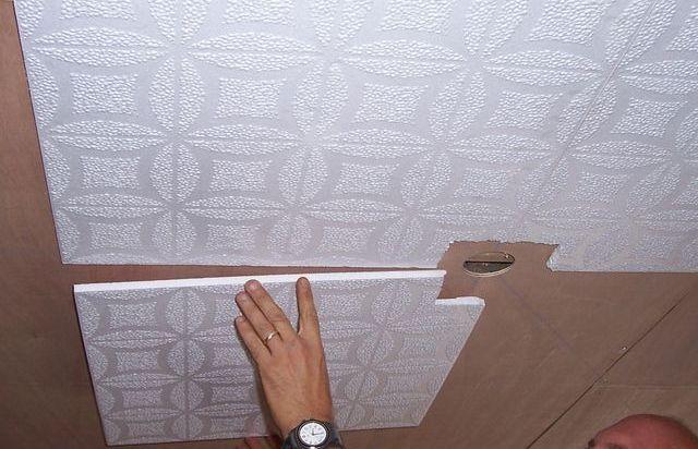 Как клеить пвх панели на стены