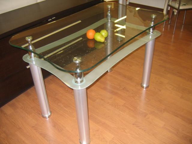 Кухонные столы из стекла своими руками