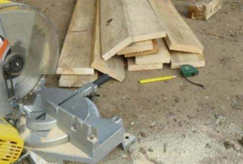 Материалы для изготовления двери в баню