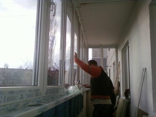 Остекление балконов своими руками