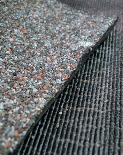 Посыпки для защитного покрытия наплавляемых материалов