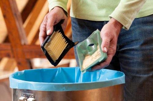 Очистка пылесборника эксцентриковой шлифмашинки