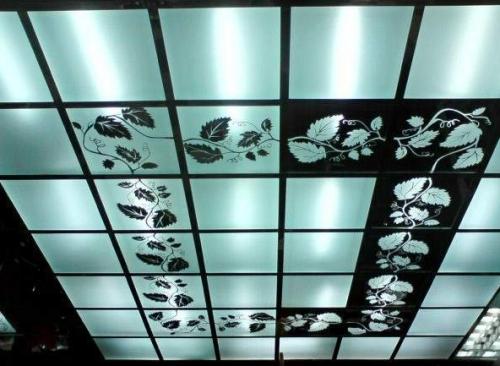 Стеклянный кассетный потолок
