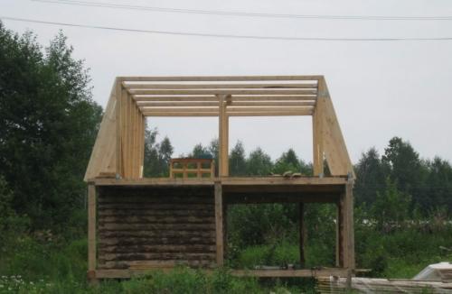 Монтаж нижних стропил мансардной крыши