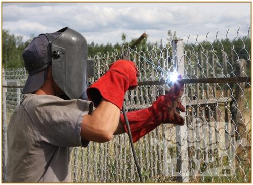 Забор из сетки Рабица своими руками, Строительный портал