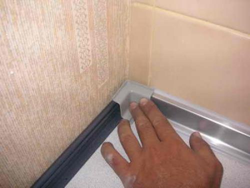Как сделать углы в ванной из пластиковых  702