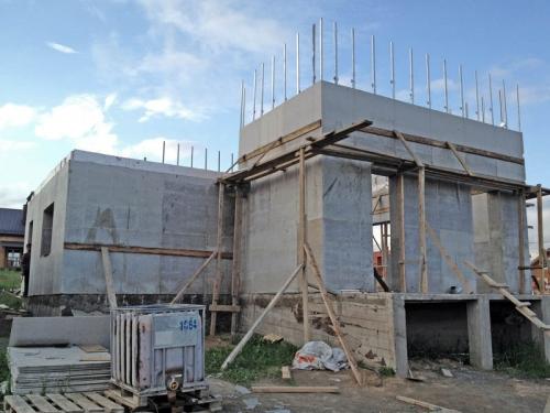 Возведение съемной опалубки для монолитного строительства